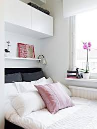 Small Bedroom Designs Home Staging Tips To Maximize Small - Bedroom ideas storage