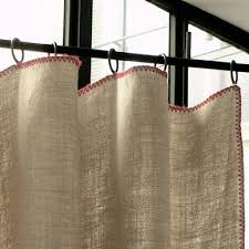 linen similiar effect to burlap without the shedding and