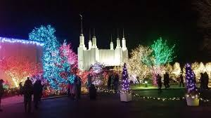 mormon temple festival of lights mormon temple visitor center and the festival of lights 9900