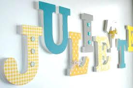 lettres pour chambre bébé deco lettre en bois decoration chambre bebe lettre en bois visuel 5