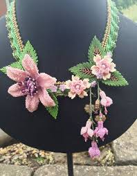 flower bead necklace images 500 best beaded necklaces 2 images bead jewelry jpg