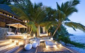 luxury hotel villas