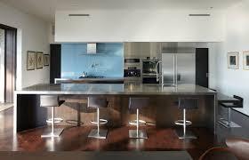 grand ilot de cuisine grande cuisine avec ilot central industriel cuisine by cuisine