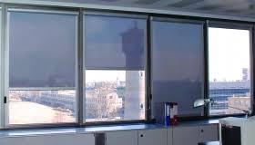 tendaggi per ufficio tende oscuranti per interni colori solidi tende oscuranti per la