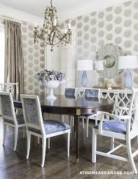 love the textured wallpaper ceiling dine me pinterest i like the silver embossed wallpaper with blue seat cushions