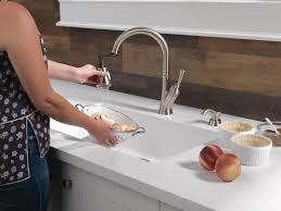 delta savile stainless 1 handle pull kitchen faucet savile kitchen collection delta faucet