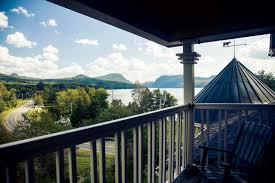 Willoughvale Inn And Cottages by Lake Willoughby Vermont Great Views Lake New England Today