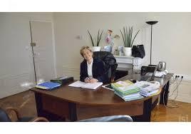 bureau maire de givry le sens de l accueil dans le bureau de juliette méténier dupont