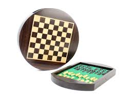 magnetic round drawer rosewood chess set 9