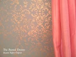 pochoir pour mur de chambre or pochoir murs gta az com