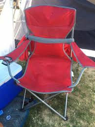 Meme Chair - reddit coachella this red chair meme is going viral for all of