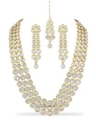 Buy Dazzling Kundan Set In Necklace Set Buy Necklace Set Online At Best Prices In India