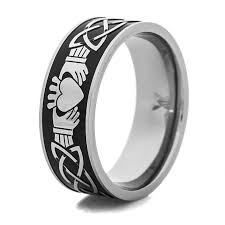 mens claddagh ring men s black and silver claddagh ring titanium buzz