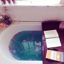Valentine Bathroom Decor 22 Cozy Valentine Bathroom Decoration Ideas Bath Tubs Tubs And Bath