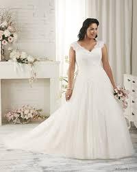 plus size wedding dress designers wedding dress designers for plus size brides wedding dress