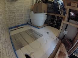 fuãÿbodenheizung badezimmer fußbodenheizung im wohnwagen