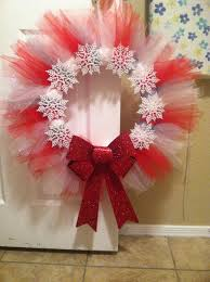 christmas tulle wreath made with red white and silver tulle cut
