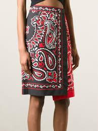 moschino bandana print skirt in red lyst