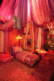 Indian Inspired Home Decor by Best 25 Indian Room Ideas On Pinterest Indian Room Decor