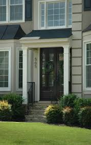 Front Porches On Colonial Homes by Best 25 Porticos Ideas On Pinterest Portico Entry Side Door