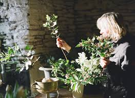 behind the scenes at the garden gate flower company flowerona
