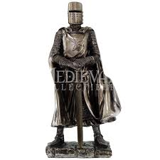 Assassins Creed Black Flag Statue Puzzle Standing Crusader Knight Statue Cc8712 From Dark Knight Armoury