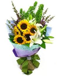 graduation flowers graduation flower arrangements ku graduation flower
