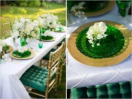 emerald green table runners 30 best tables chairs images on pinterest tablecloths table