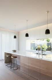 meuble cuisine moderne cuisine contemporaine blanche et bois 9 meuble cuisine rideau