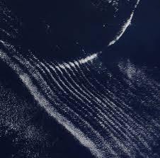 pattern of white clouds in streaks strange cloud formation in south indian ocean metabunk