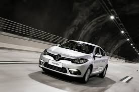 renault press new fluence 2015 driving pleasure in a