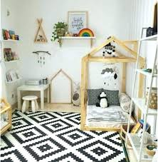 exemple chambre bébé chambre enfant montessori espace jeu chambre enfant montessori idee
