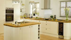 shaker kitchen ideas shaker kitchen decor kitchenidease
