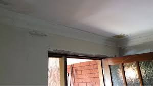 How To Fit Cornice To Ceiling Try Your Hand At Installing Cornice 5 Steps With Pictures
