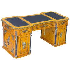 bureau retour bureau napoléon retour d egypte loupe d orme malmaison meuble de style