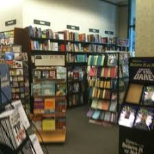 Barnes And Noble Cedar Rapids Barnes U0026 Noble Booksellers Closed 32 Reviews Newspapers