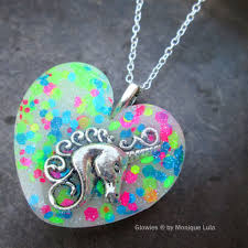 glow in the necklaces glowies glow jewelry glowies glow in the jewelry
