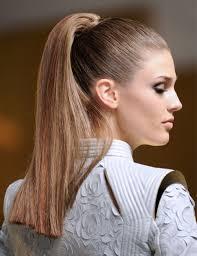 coupe pour cheveux pais 10 coiffures pour cheveux épais grazia