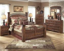 timberline king size poster bedroom set w underbed storage by ashley furniture home elegance usa timberline warm brown b258 4 pc queen poster bedroom set