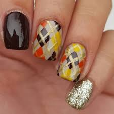 adorable thanksgiving nails to gush during dinner
