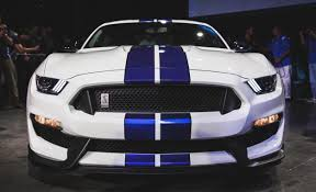 shelby 350 gt mustang photo of the day stunning 2016 ford mustang shelby gt350r mustang