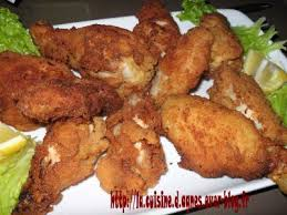 cuisiner des ailes de poulet ailes et pilons de poulet panés recette ptitchef