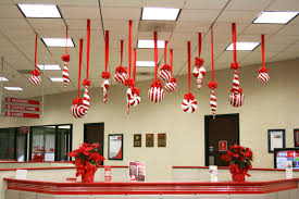 creative inspirational work place christmas decorations ceiling