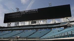 jaguars unveil world u0027s largest scoreboards at everbank field