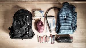 Hiking Clothes For Summer A Season To Season Guide To Ultralight Day Hike Gear Lists