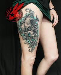 unique skull with pocket watch tattoo on right upper leg