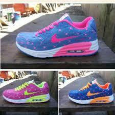 Jual Sepatu Nike Air Yeezy jual nike airmax 2015 kw 69 99