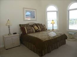 Does A Bedroom Require A Closet Ada Universal Design What Size Is A Wheelchair Accessible Bedroom