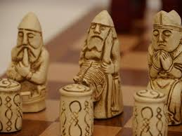 berkeley chess ltd medieval chess set ivory and red 0 1278