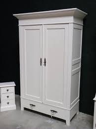 Schlafzimmerschrank Unbehandelt Schrank Antik Weiß Kleiderschrank Weiß Antik Schlafzimmer